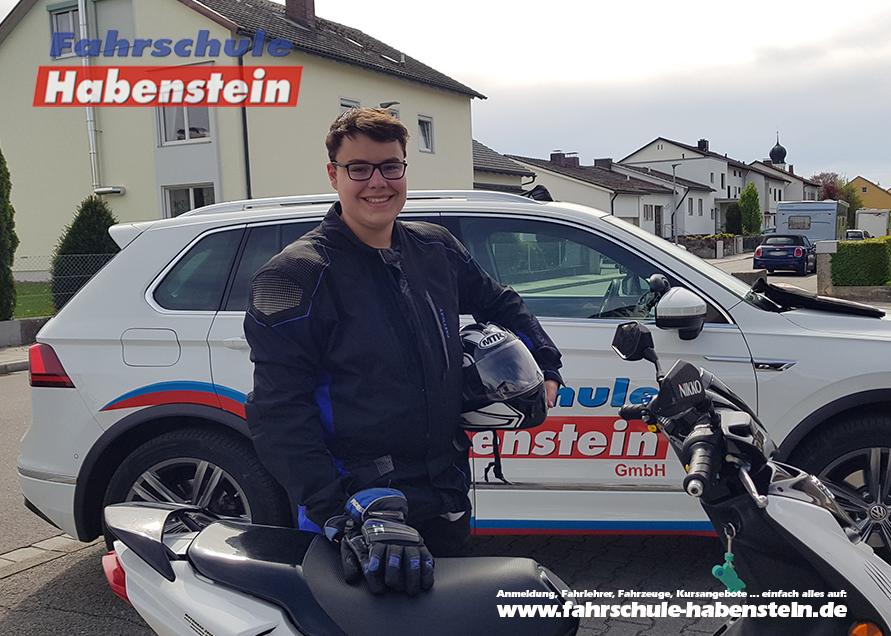 fahrschule-in-bad-endof-halfing-rosenheim-motorradfuehrerschein-rollerfuehrerschein