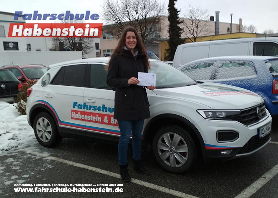 fahrschule-in-rosenheim-autofuehrerschein-mit-17-fahrsimulator