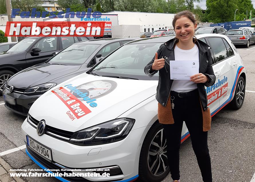 fahrschule-in-rosenheim-autofuehrerschein-motorradfuehrerschein-bildungsgutschein-azav