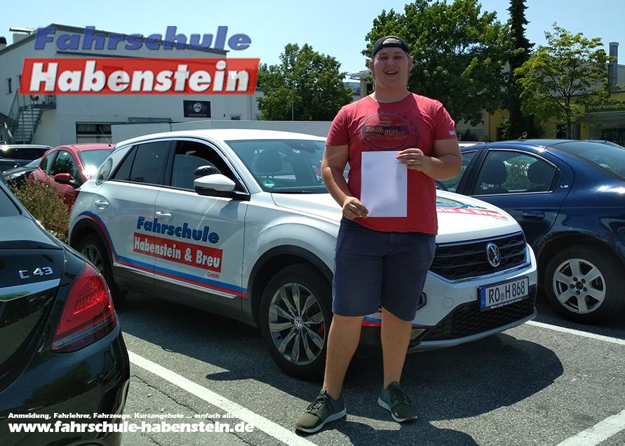 fahrschule-in-rosenheim-autofuehrerschein-vogtareuth-lkw-fuehrerschein