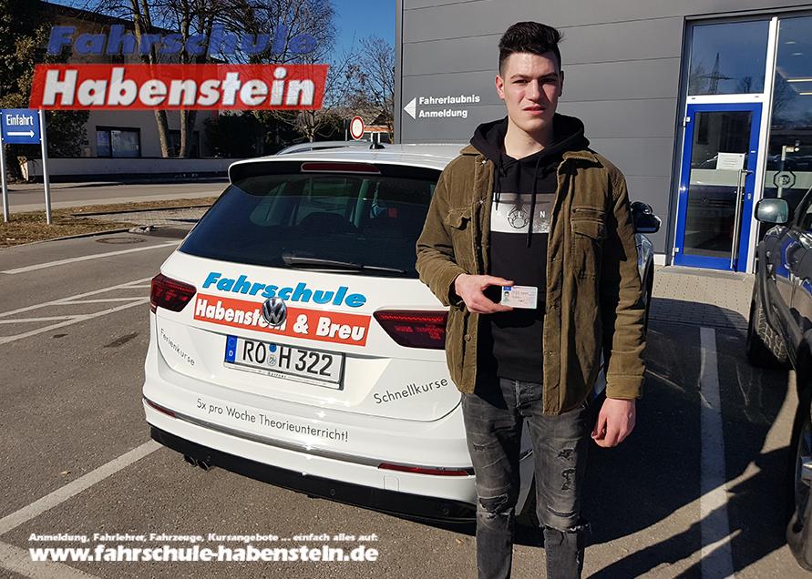 fahrschule-in-rosenheim-bad-aibling-bruckmuehl-kolbermoor-autofuehrerschein-fahrsimulator