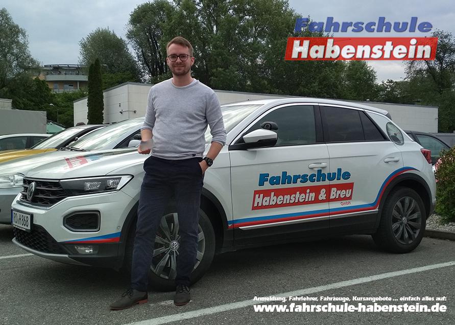 fahrschule-in-rosenheim-bad-aibling-kolbermoor-bruckmuehl-heufeld-auto-fuehrerschein-mit-17-auto-fahren-lernen