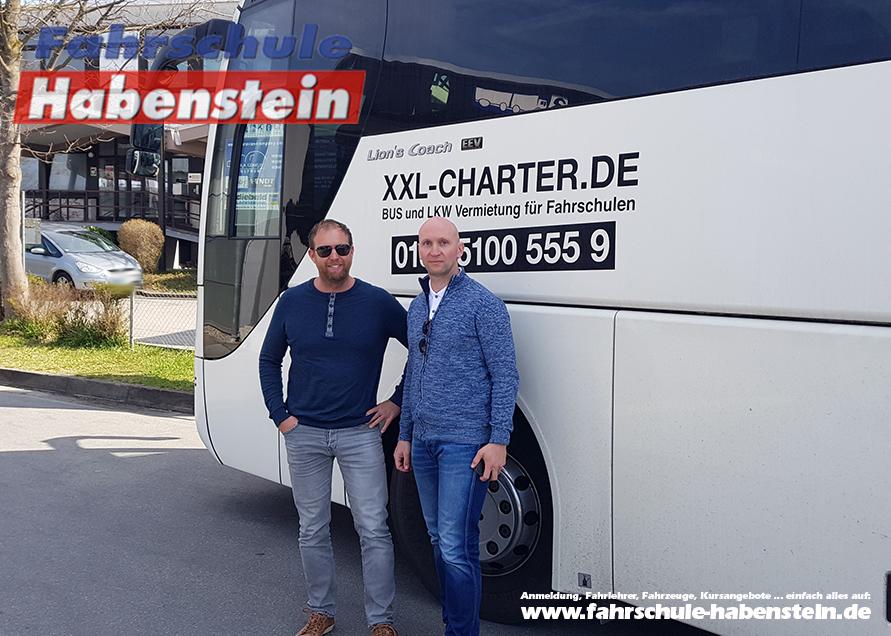 fahrschule-in-rosenheim-bus-fuehrerschein-d-bus-ausbildung-bus-fahrer-bus-fahren