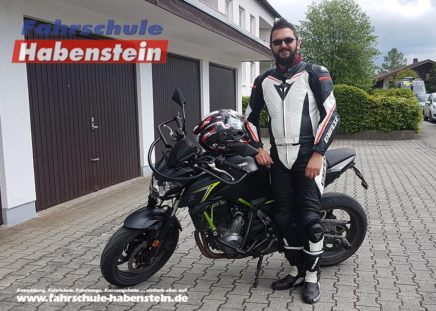 fahrschule-in-rosenheim-motorradfuehrerschein-lkw-fuehrerschein-c-und-ce