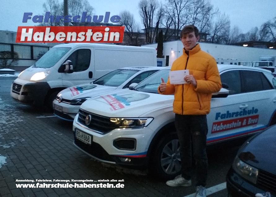 fahrschule-in-rosenheim-schechen-vogtareuth-autofuehrerschein-fahrsimulator-simulator-anhaenger