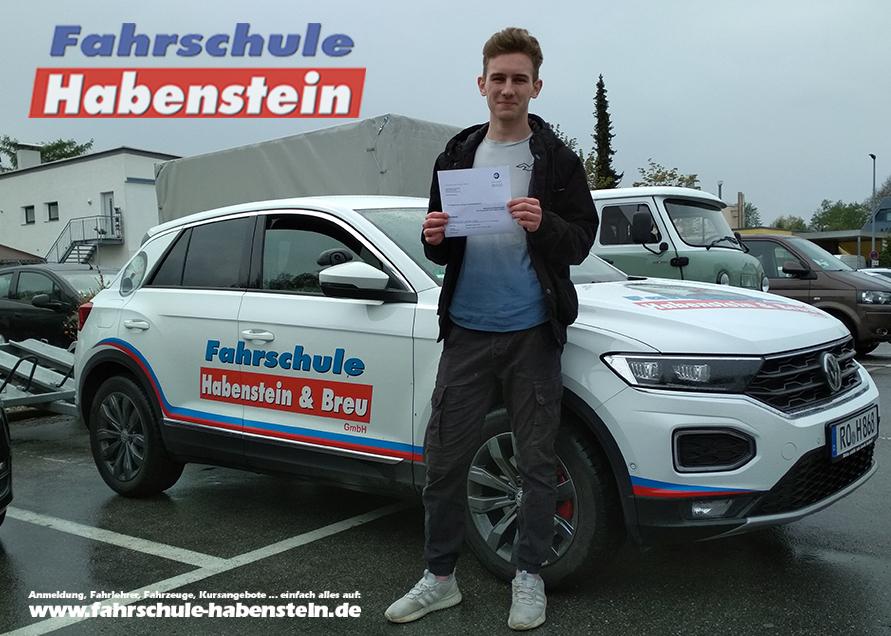 fahrschule-in-rosenheim-schechen-vogtareuth-autofuehrerschein-mit-17-motorrad-fuehrerschein