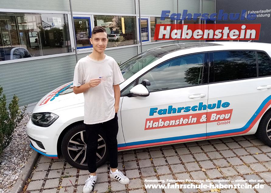 fahrschule-in-rosenheim-und-umgebung-autofuehrerschein-mit-17-schnellkurs