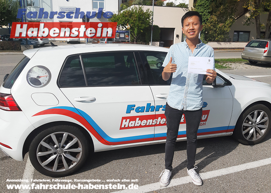 fahrschule-in-rosenheim-und-umgebung-fahrsimulator-auto-fahren-lernen-schnell-und-einfach