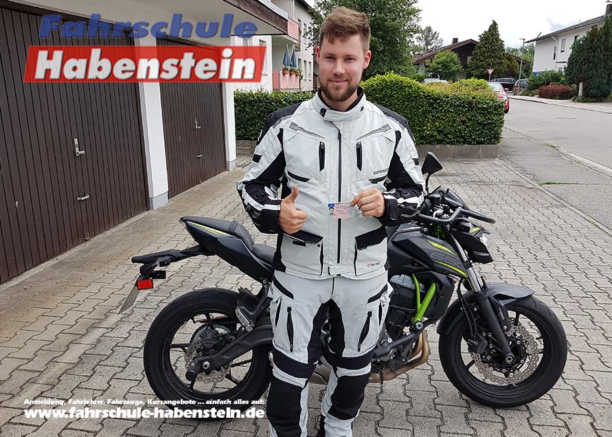 fahrschule-in-rosenheim-vogtareuth-autofuehrerschein-motorradfuehrerschein-lkw-fuehrerschein-motorradfuehrerschein-kawasaki