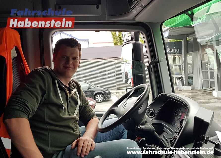 fahrschule-in-rosenheim-vogtareuth-schechen-lkw-fuehrerschein-bildungsgutscheine-arbeitsamt