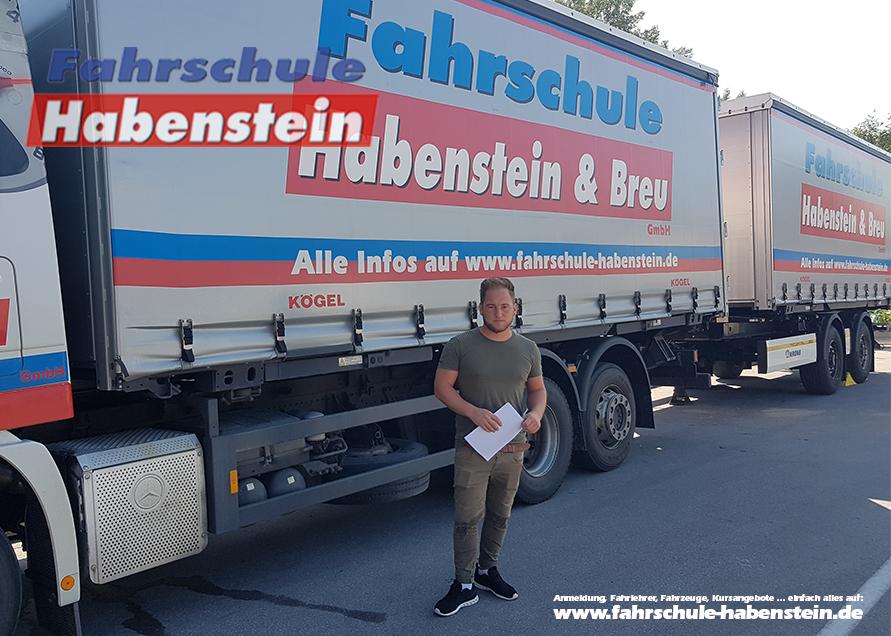 fahrschule-in-rosenheim-vogtareuth-schechen-lkw-fuehrerschein-mit-18-bildungsgutschein-wegebau-foerderung-lkw