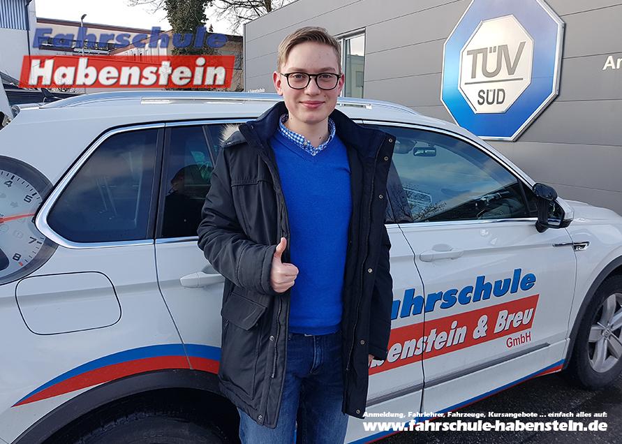 fahrschule-in-rosenheim-vogtareuth-schechen-schlossberg-autofuehrerschein-mit-17
