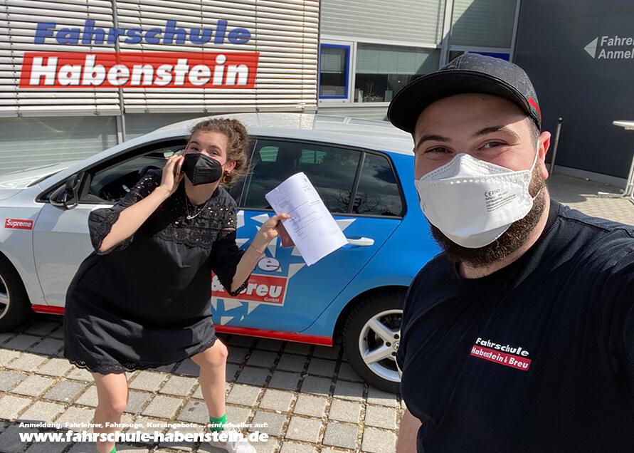 Herzlichen Glückwunsch zum Autoführerschein in Rosenheim