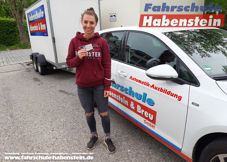 Herzlichen Glückwunsch zur bestandenen Führerscheinprüfung liebe Alena!