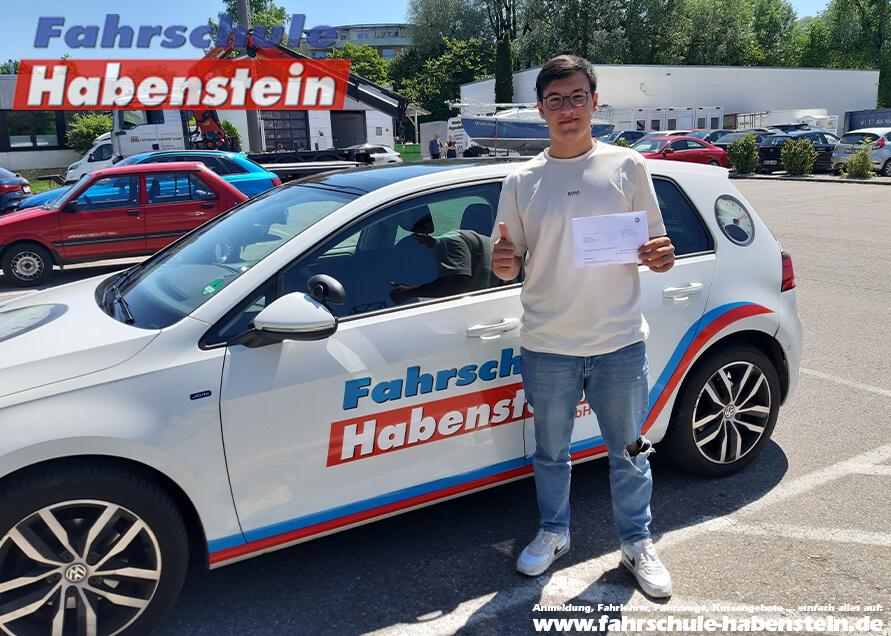 Herzlichen Glückwunsch zur bestandenen Führerscheinprüfung liebe Andreas!