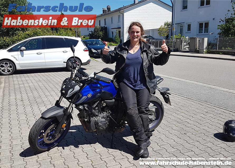 Herzlichen Glückwunsch zur bestandenen Führerscheinprüfung liebe Anna! Fahrschule - Rosenheim - Motorrad