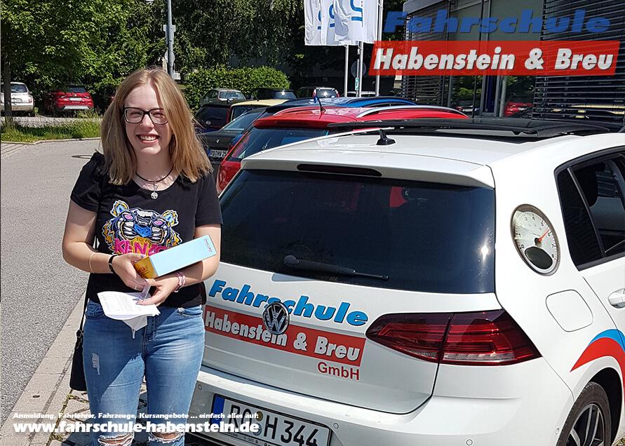 Herzlichen Glückwunsch zur bestandenen Führerscheinprüfung liebe Pauline! Fahrschule - Rosenheim - Motorrad