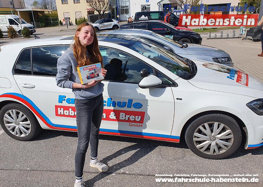 Herzlichen Glückwunsch zur bestandenen Führerscheinprüfung lieber Anna-Lena!