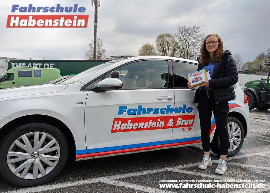 Herzlichen Glückwunsch zur bestandenen Führerscheinprüfung lieber Lea!