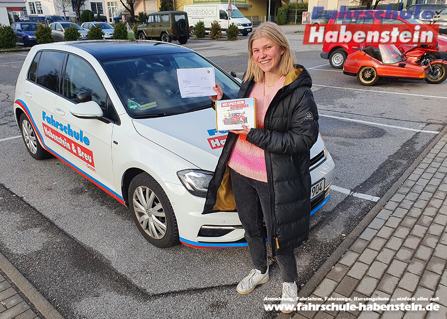 Herzlichen Glückwunsch zur bestandenen Führerscheinprüfung lieber Sophie!