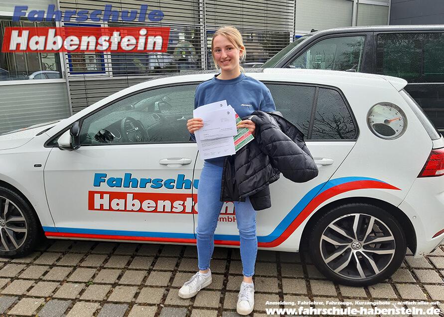 Herzlichen Glückwunsch zur bestandenen Prüfung liebe Pauline! Fahrschule Habenstein und Breu GmbH