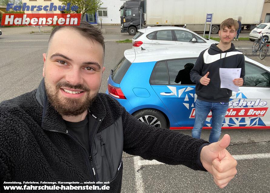 Herzlichen Glückwunsch zur bestandenen Prüfung lieber Andrej! Fahrschule Habenstein und Breu GmbH