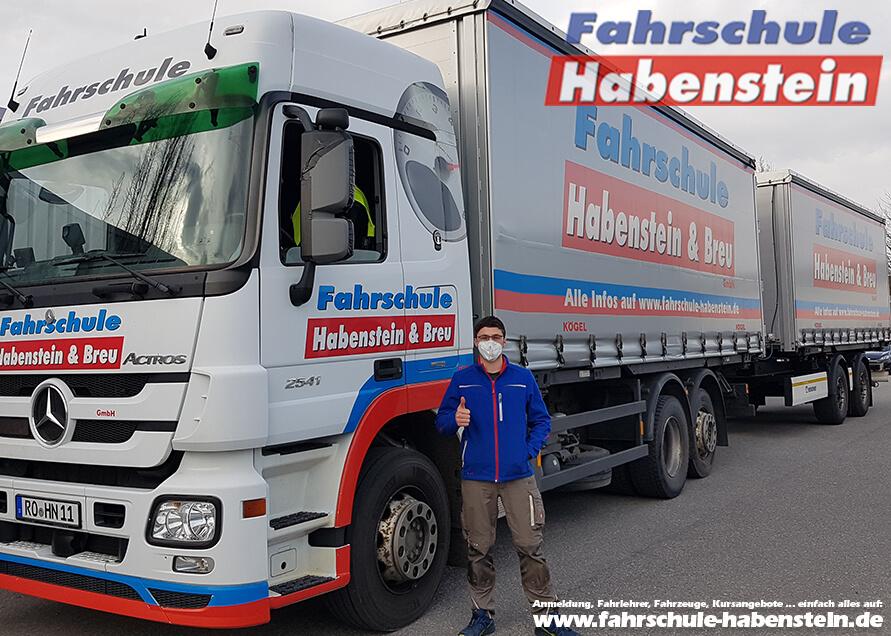 Herzlichen Glückwunsch zur bestandenen LKW-Fahrerlaubnisprüfung Klasse CE in Rosenheim.